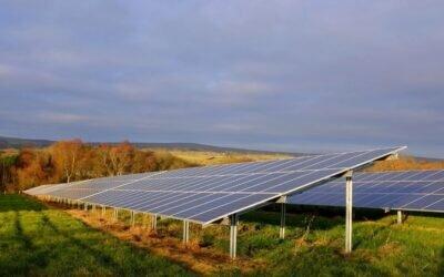 Pory roku a fotowoltaika – jak pracują dla nas panele słoneczne w starciu ze zmiennymi warunkami atmosferycznymi?